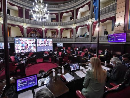 El Gobernador Kicillof ya tiene su ley para comprar vacunas contra el coronavirus