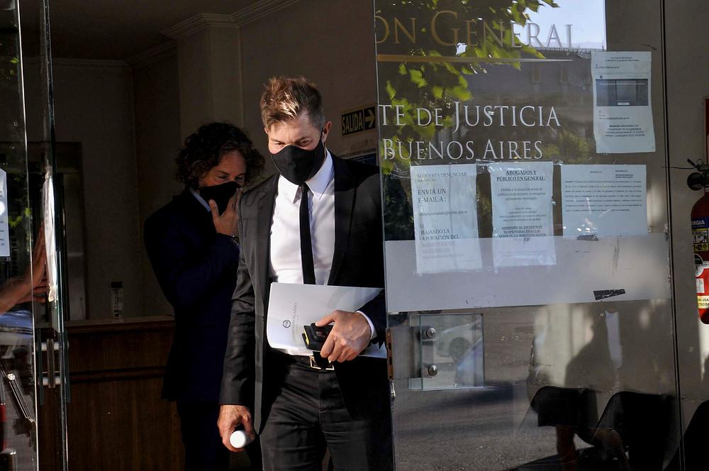 Se retiran de los tribunales de La Plata, Fernando Burlando y Fabián Amendola, abogados de Juan Ignacio Buzali, esposo de la legisladora bonaerense Carolina Píparo, luego de haber declarado ante la fiscal de la causa por la que está imputado.