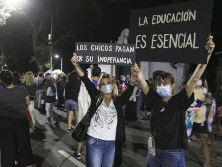 Kicillof invitó a quienes protestan con cacerolas a visitar los hospitales bonaerenses