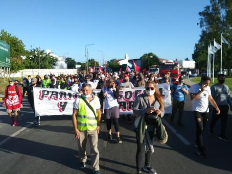 La Plata | Movimiento popular arriba a la ciudad capital para presentar petitorio a Kicillof