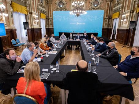 Kicillof analizó el resultado de los comicios junto a intendentes de la tercera sección electoral