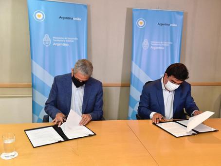 La Matanza | Ferraresi firmó con Espinoza convenios para realizar 4900 viviendas