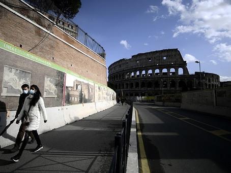 Por la demora de entrega de Pfizer, Italia pasó de vacunar 80 mil personas por día a 28 mil
