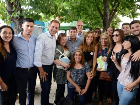 La Plata | Arrancó la entrega de las tarjetas AlimentAR