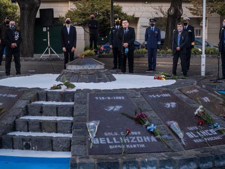 Mar del Plata   A 39 años de Malvinas, se realizó en  acto oficial en el monumento a los caídos