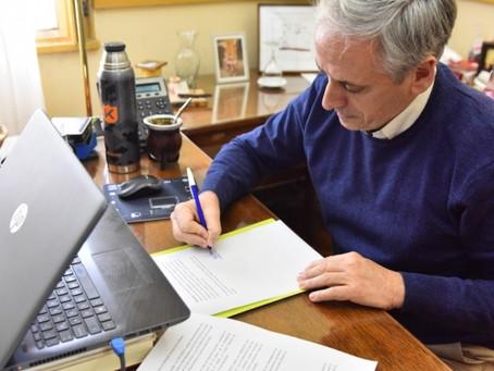 Chascomús | Firman convenio para financiar obras de ampliación y mejoras para la red cloacal