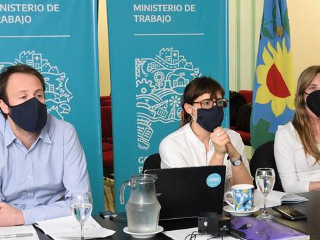 El Gobierno bonaerense mejoró la oferta y ahora definen los gremios docentes