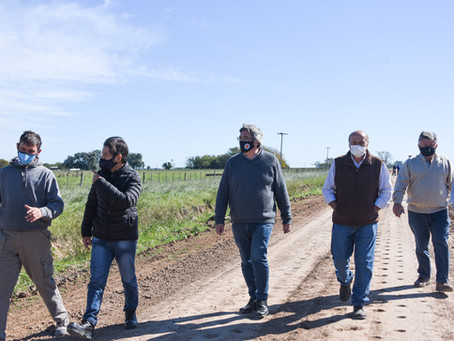 El Ministro Rodríguez recorrió obras del plan de Caminos Rurales en General Paz y Brandsen