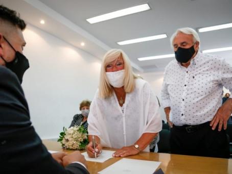 La Plata | Realizaron el primer casamiento con medidas de distanciamiento social