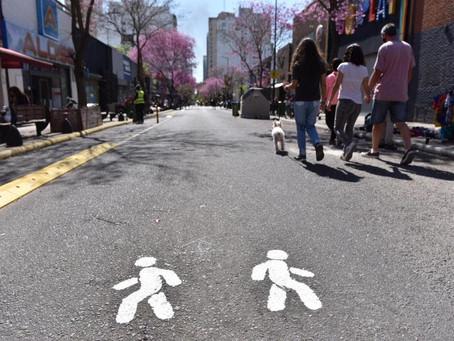 La Plata | Distintas zonas de la capital provincial se convierten en peatonal durante el finde largo
