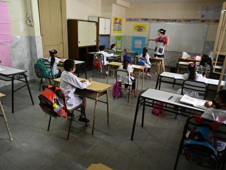 El Gobierno bonaerense habilitó la extensión de horas de clases presenciales