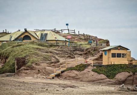 Mar del Plata | Allanan un balneario denunciado por contaminación ambiental