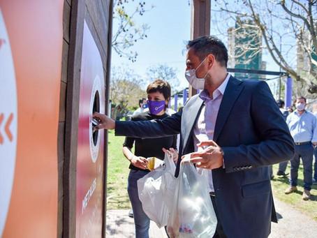 Quilmes | El Ministro de Ambiente entregó insumos para recicladores urbanos