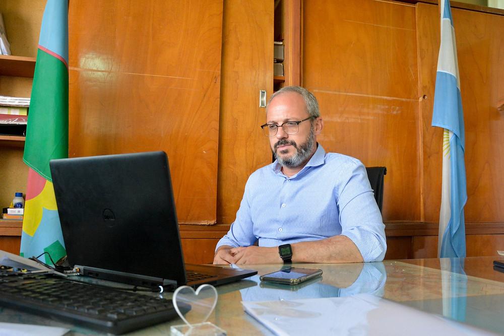 Juan Sebastián Riera, Director Provincial de Hospitales.