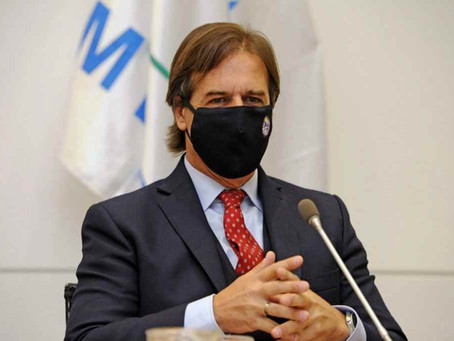 Uruguay suspenderá la obligatoriedad de las clases presenciales por aumentos de casos de coronavirus