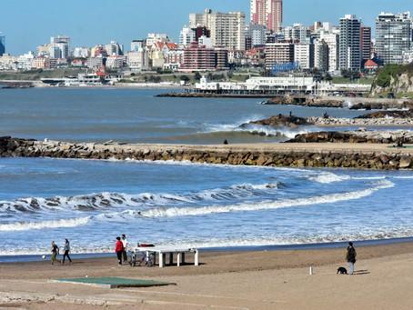 """Desde el Gobierno aseguran que trabajarán para evitar """"aglomeraciones"""" en playas"""