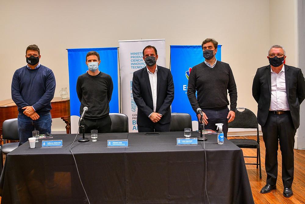 La firma tuvo lugar en Escobar, con la presencia del intendente anfitrión, Ariel Sujarchuk, y de los intendentes de Exaltación de la Cruz, Diego Nanni; de Luján, Leonardo Boto, y de Tigre, Julio Zamora.
