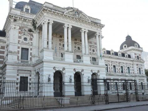 Estatales bonaerenses cobrarán su medio aguinaldo a partir del próximo 30 de junio