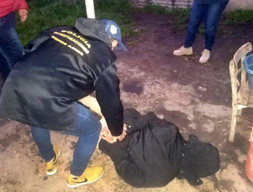 """Efectivos policiales detienen a Claudio """"El Enano"""" Dahmer (27)."""
