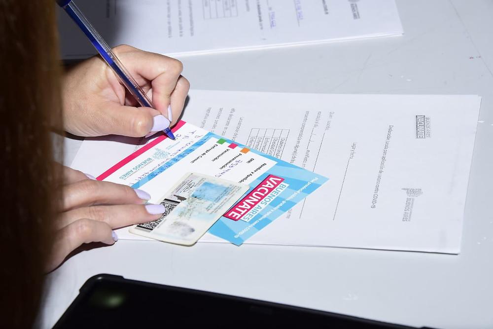 En la Provincia de Buenos Aires se aplicaron 1.375.771 vacunas: 1.117.188 corresponden a la primera dosis y 258.583 a la segunda.