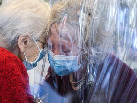 Otras 348 personas murieron y 10.880 fueron diagnosticadas con coronavirus en el país