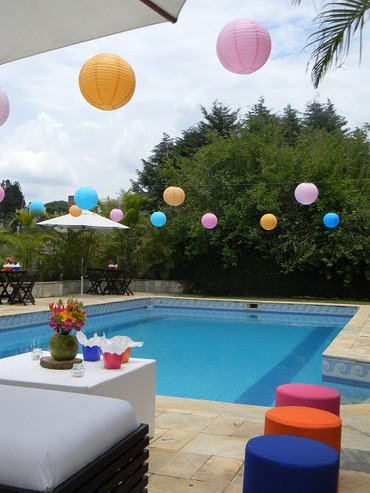 Two Sisters   15 anos Pool Party