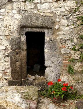 Ramona_1000-jährige Tür