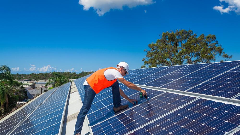 Instalación de paneles solares en México