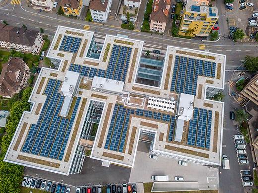 Somos una empresa de paneles solares diferente - Enersing