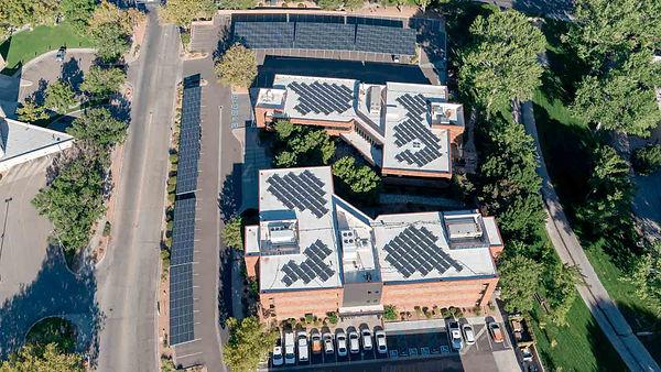 ¿Quieres saber cómo funcionan los paneles solares? - Enersing