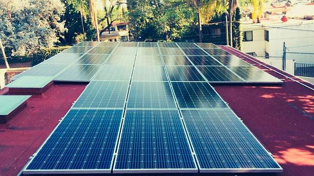 Instalacion de paneles solares para Reddin Consultants - Enersing