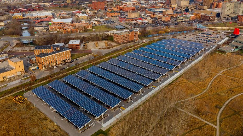 Paneles solares para estacionamientos - Enersing