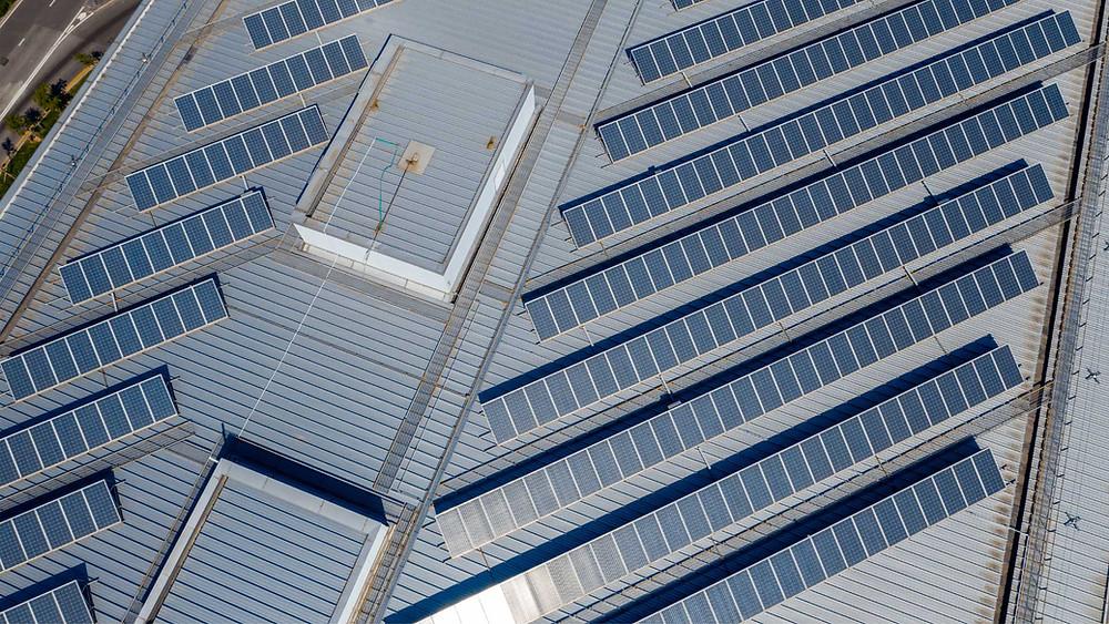 Paneles solares para empresas - Enersing