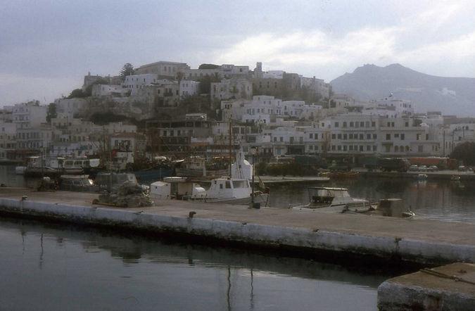 HE Naxos 1986 1R.JPG