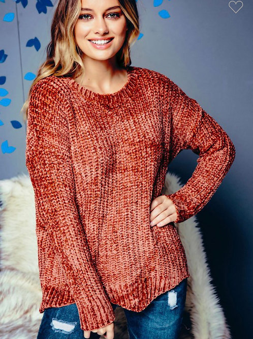 Chunky chenille knit sweater with scallop hem