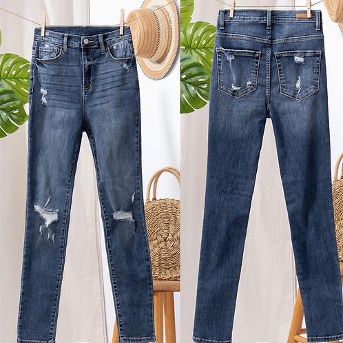 Distressed skinny denim jeans
