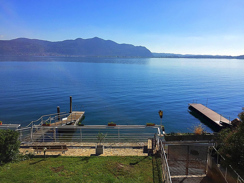 Vista dall'appartamento sul lago