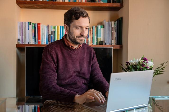 Online EMDR Salvo La Rosa Psychotherapy