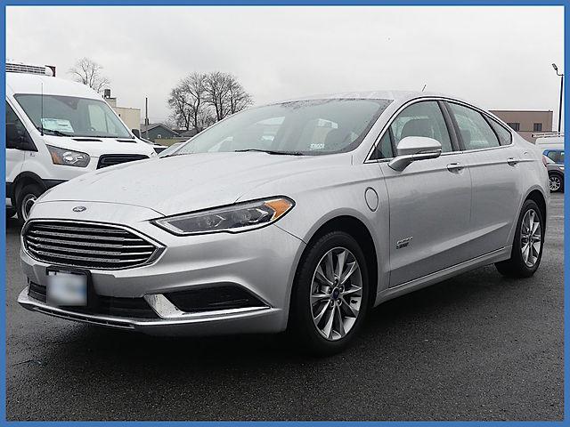 Ford Fusion Energi SE Luxury
