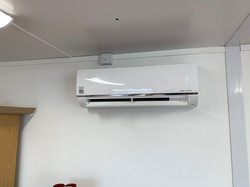 LG wall mounted Air con