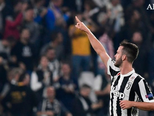 Miralem Pjanic signs Juventus contract extension.