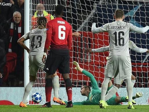 """Mourinho hails """"world-class"""" De Gea."""