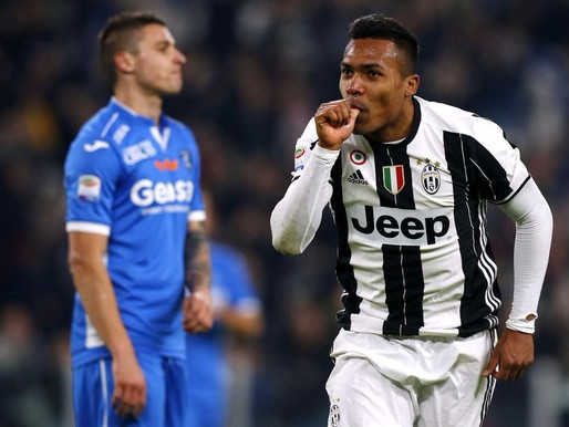 Juventus' Alex Sandro has Premier League ambition.