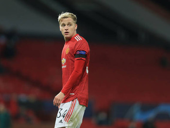 Ajax chief Marc Overmars advises Man Utd Donny van de Beek.
