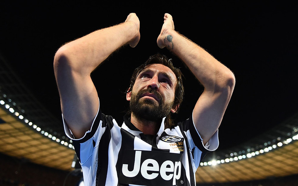 Pirlo applauds the Juve fans after defeat to Barca. Getty.