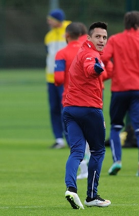Sanchez in Arsenal training.