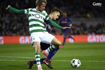 Coentrao in action for Sporting CP.