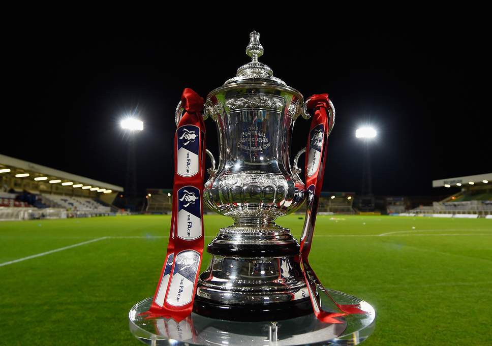 FA Cup trophy ( Getty Images )