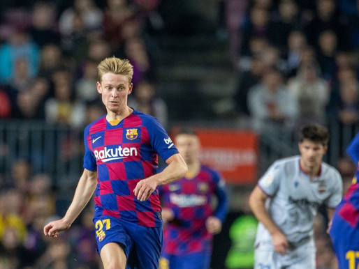 De Boer - De Jong has adapted well to life at Barca, compared to De Ligt at Juve.