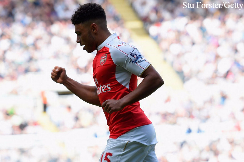 Arsenal must keep 'outstanding' Chamberlain.